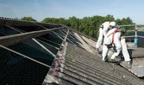 voorbeeld verwijderen asbesthoudende daken